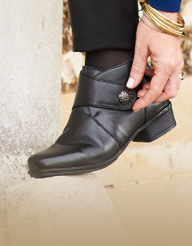 WIDER FIT FASHION BOOTS
