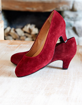 GORGEOUS SUEDE